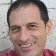 Dr. Eyal Benjamin